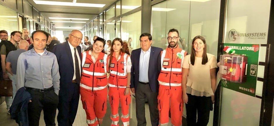 Defibrillator nova systems